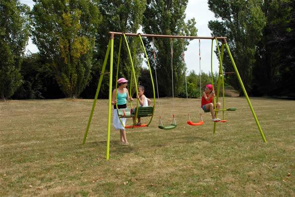 Columpios integrados a su jard n juegos al aire libre el blog de topludi - Columpios de jardin ...