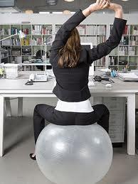 silla en bola de pilates